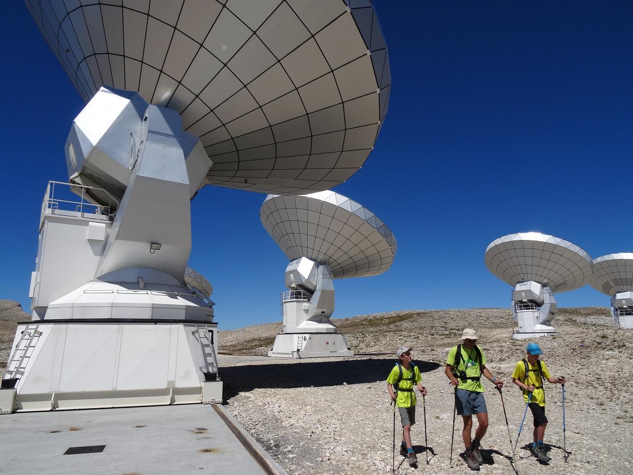 UQ WiMAXの高周波対策は基地局増加!