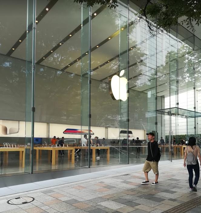 Apple表参道でiPhone8を買おうとしたが…
