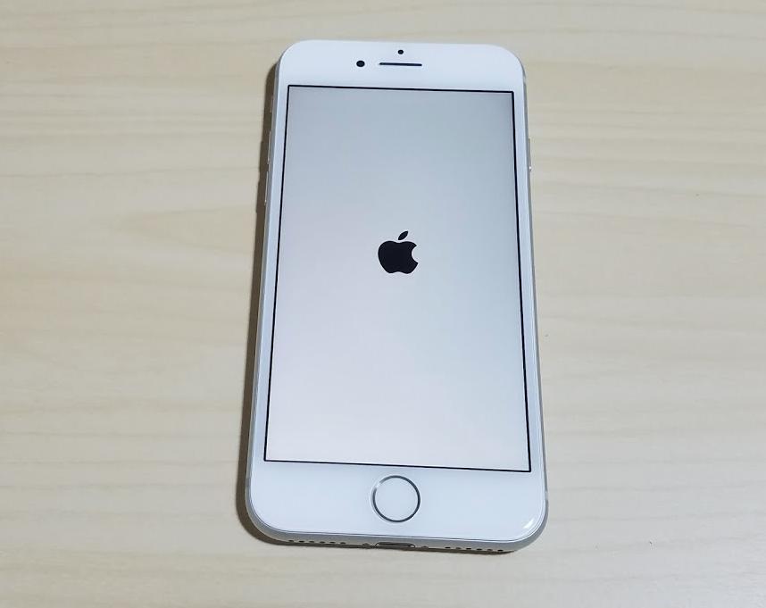 UQモバイルSIMを挿入するiPhoneの電源は切る